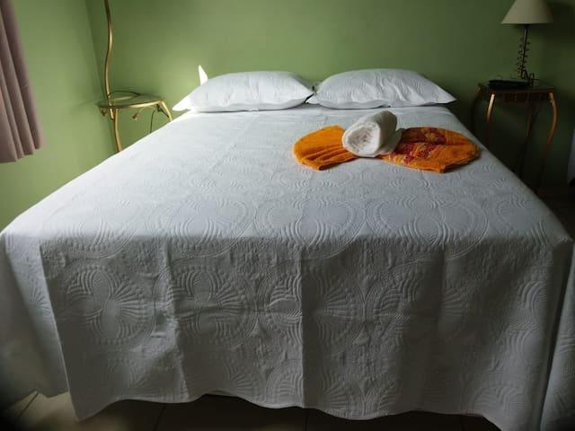 Excelente apartamento privativo