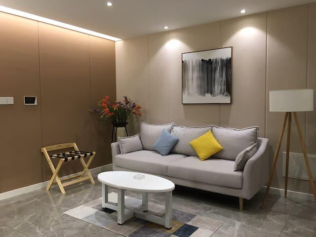 佳兆业小区江边公寓1309
