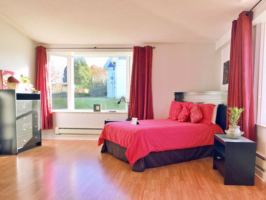 It's a very spacious room, with large windows, lots of sunlight for cheery mornings!