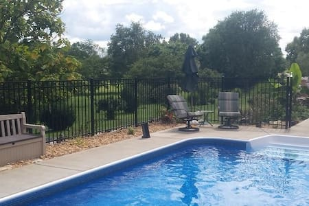 Private Lodging For Gay Men - Martinsburg - Hus
