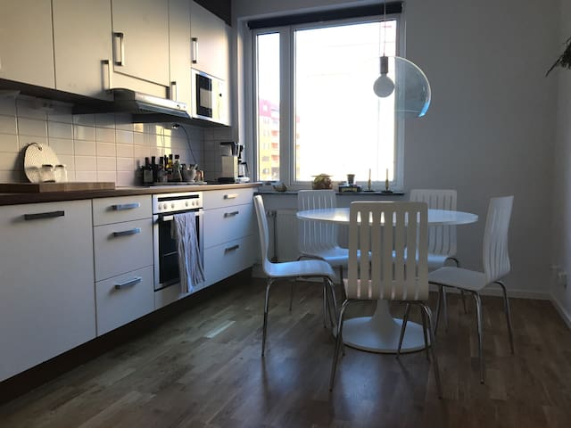 Centrally located apartment - Göteborg - Apartment