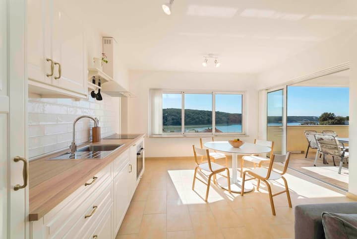 Sunset House Rab - Apartment White with bay view