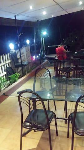 Days Inn-Kandy, Guest house