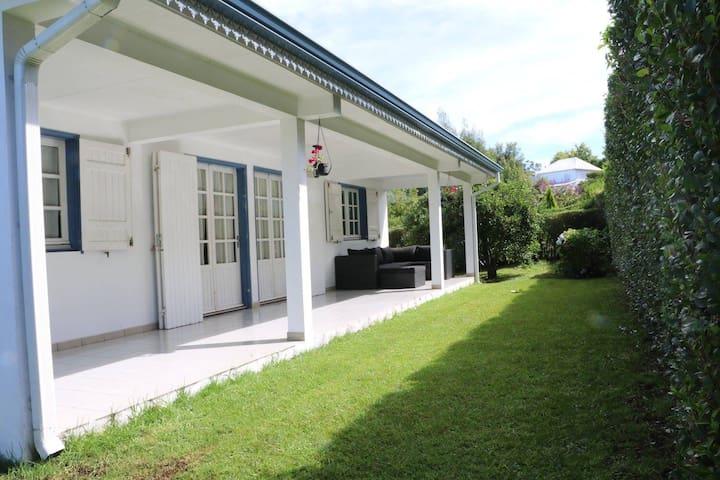 Kaz Rando, une villa tout confort dans les plaines - Le tampon - Casa
