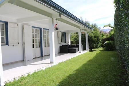 Kaz Rando, une villa tout confort dans les plaines - Le tampon