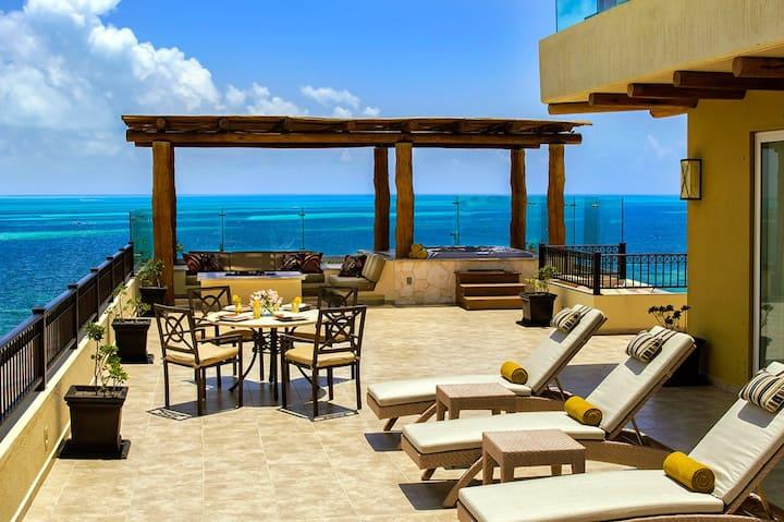 3BR Penthouse at Villa Del Palmar