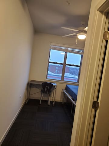 Single bedroom in 4 bhk apt