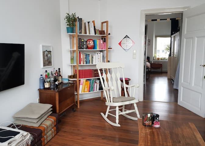 Feel at home in the heart of Bremen–Complete flat