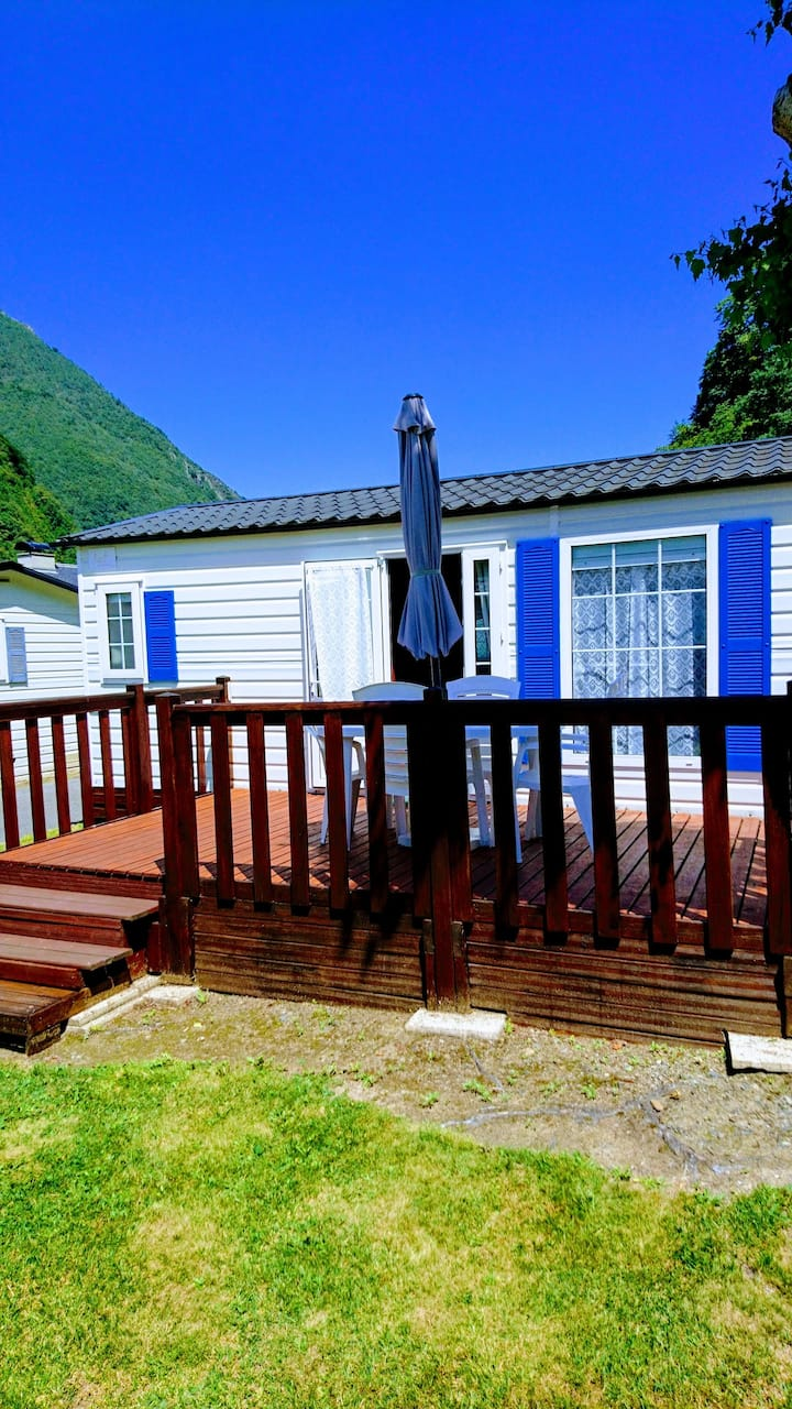 Property with 2 bedrooms in Cauterets, with wonderful mountain view, furnished garden and WiFi - 3 km from the slopes