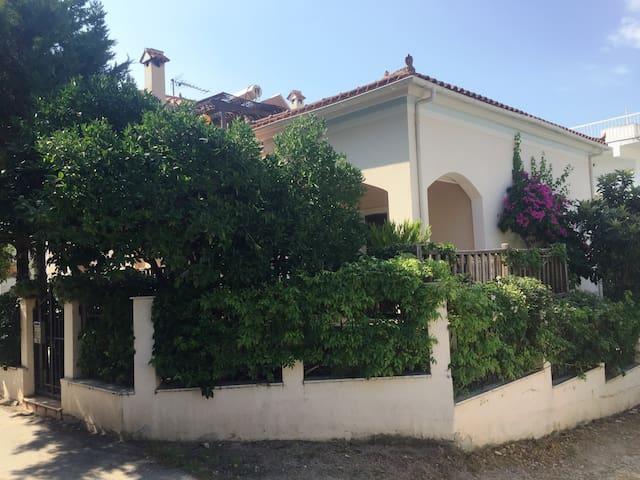 Gerani House