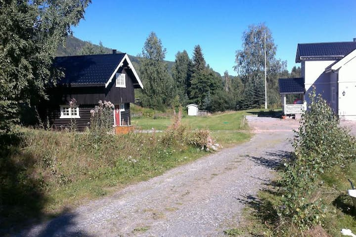 Cosy log cabin *Stabbur* - Nordre Land