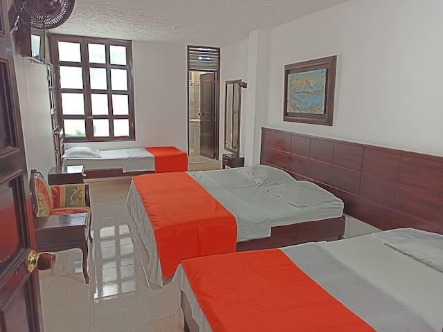 Hotel Dayoama Center - En el centro de la ciudad