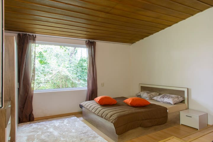 Cozy room-BOOK 2 NIGHTS AND GET 3-RD FREE - Sofía - Casa
