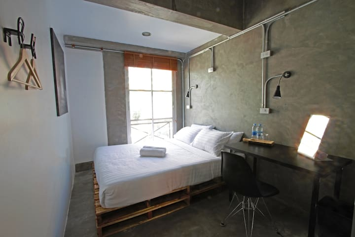 Silom Private Double Room with Shower