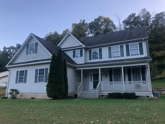 2 Private Bedrooms in House near Hackettstown