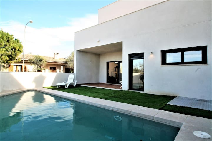 Villa with pool in S'Aranjassa for 8 pax - Palma - Huis