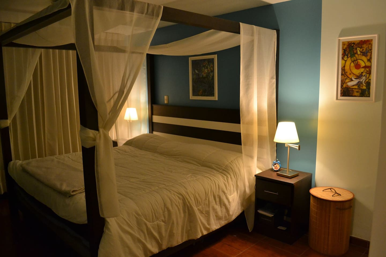 Dormitorio amoblado