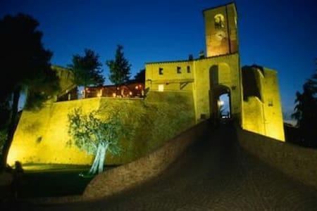 Residenza il borgo - Montegridolfo