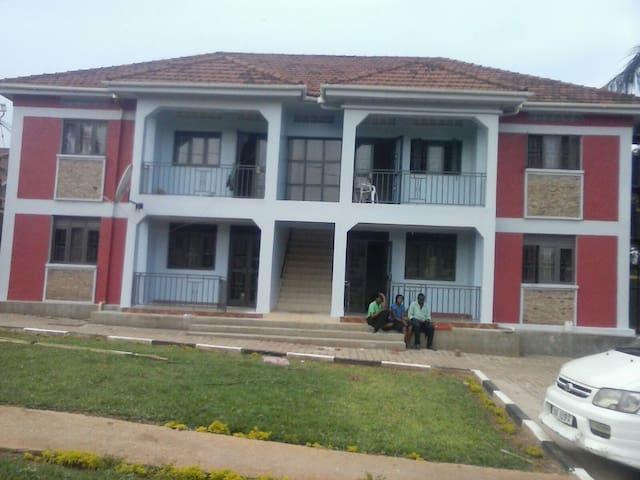 Cosy 2 bedroom apartments - Καμπάλα