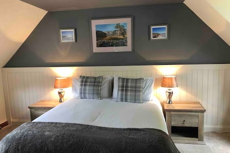 Lovely King/Twin room Loch Duich near Isle of Skye