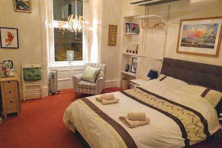 Double bedroom in comfy, bohemian flat.
