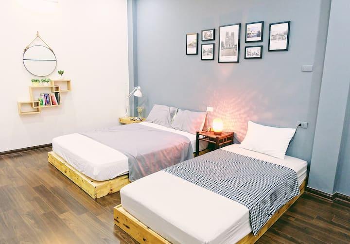 No.2 The Comfy Room [next to Hoan Kiem lake]
