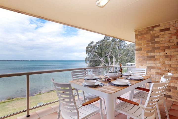 Pelican Sands, 3/83 Soldiers Point Rd - stunning waterfront unit with magical water views & air conditioning