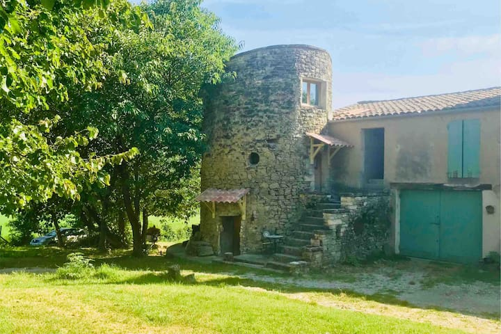 La Tour de La Bastide des Fontaines