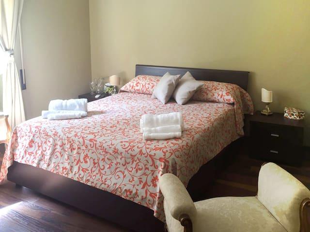 ❤️Ponte Milvio beautiful bedroom just X girls❤️