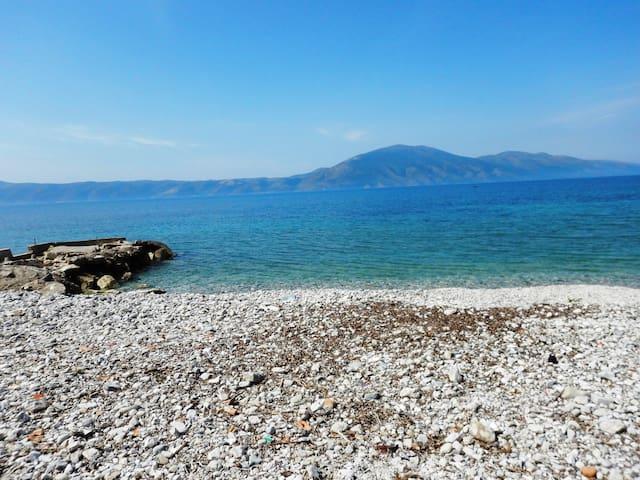 Beach apartment 20 m from the sea. - Vlorë - อพาร์ทเมนท์