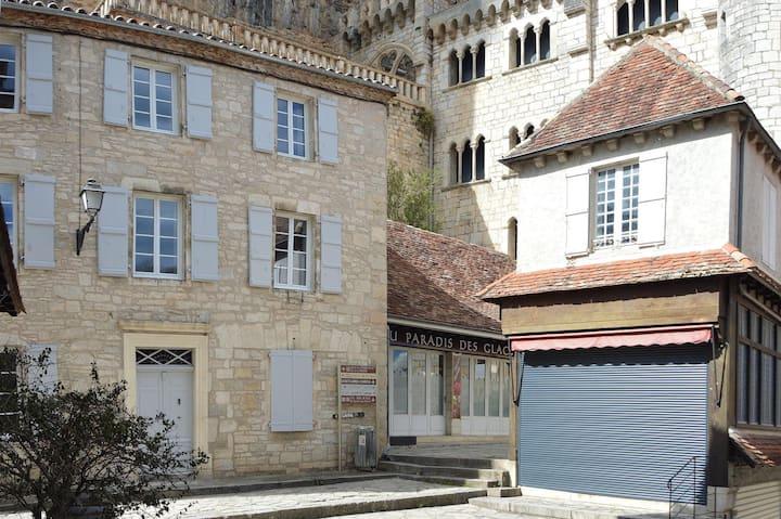 """""""Les Pirondeaux """" Appartement Saint Martial"""
