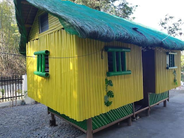 Lynn's  Transient Home 3