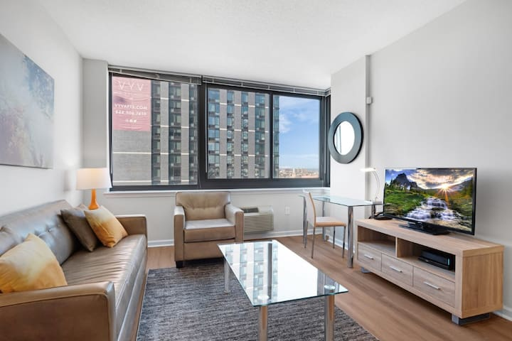 Private & Clean 1BR !Full Kitchen!Washer/D! By GLS