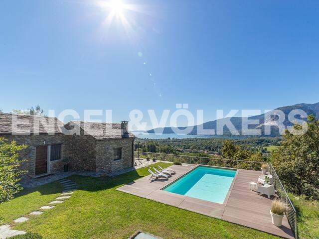 THE VIEW - Villa in San Bernardino Verbano