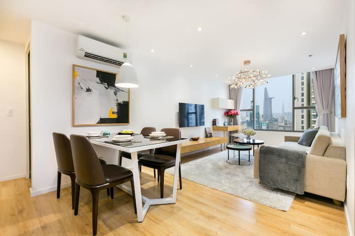 Emerald Suite - 2BR with Bitexco View - Pool & Gym