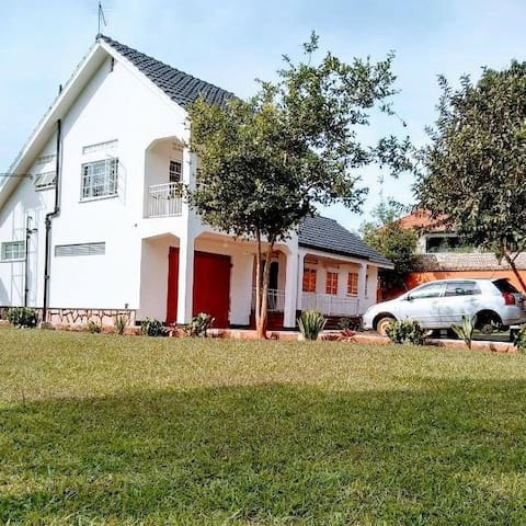 Shanons Residence