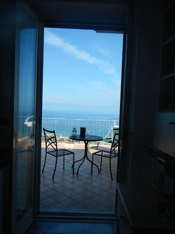 Villa Rosy - 2 bedroom apartment with sea views - Castellabate - อพาร์ทเมนท์