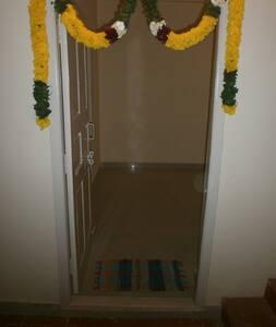 3 BED ROOMS for  just Rs 1500/day melakottaiyur - Kanchipuram
