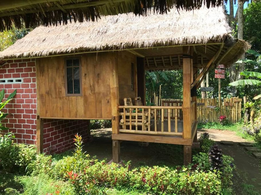 Backpacker bungalow