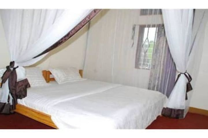 MEEKY Hotel & Apartment Entebbe
