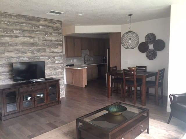 Acme Suites 616 Furnished Housing in Ashland OR