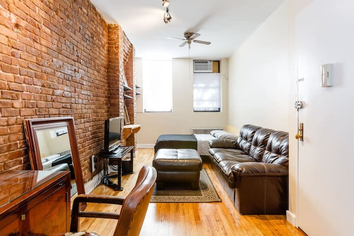 Amazing East Village XL Studio Apartment.Scrubbed!