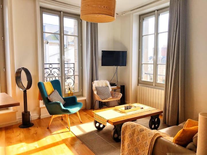 Appartement cosy à  100 m du port et intra-muros