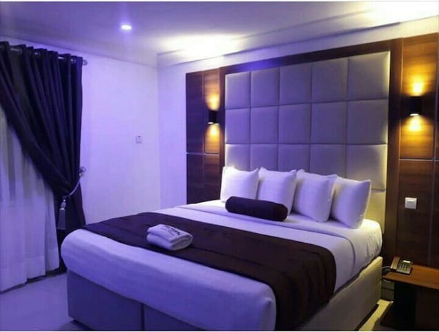 Beautiful Luxury Hotel in The Heart of Town
