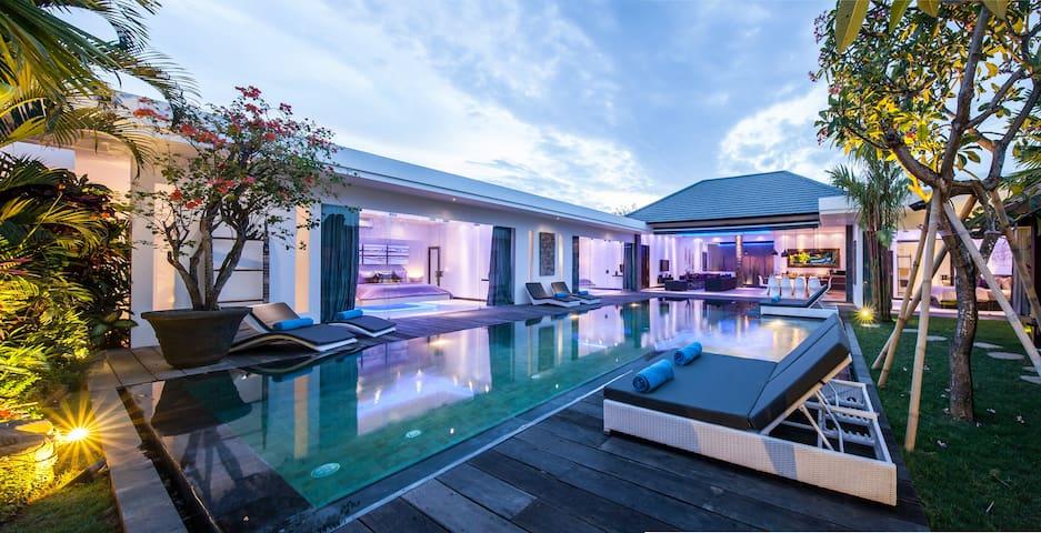 New modern 4 BR villa - pool -gazebo 5min Seminyak