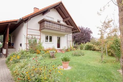 Ferienwohnung Peukert (Ruttersdorf-Lotschen) - LOH06038, Ferienwohnung Peukert, 68qm, Balkon, 2 Schlafzimmer, max. 4 Personen