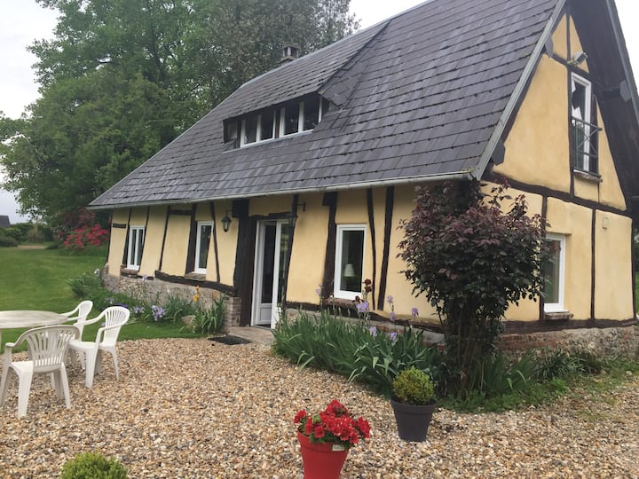Maison Normande entre les Pommiers