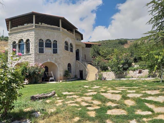 Paradise Guest House Aqqoura