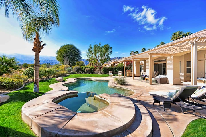 PGA West Utopia | Casita & Pool | Walk to Clubhouse