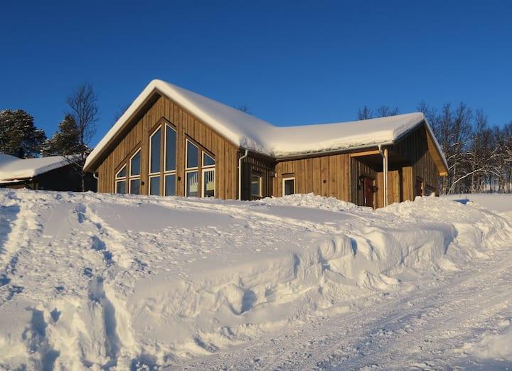Cozy skiing cottage in Bruksvallarna